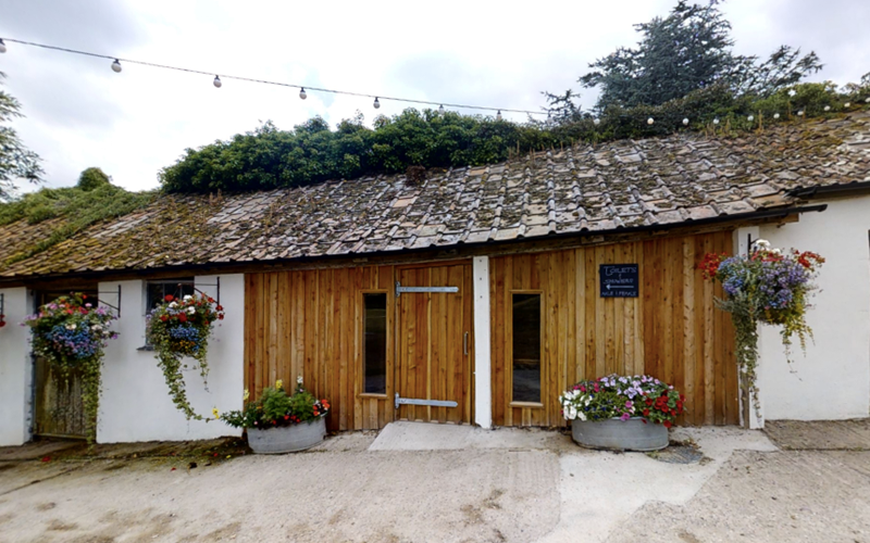 Ashbarton Estate - Ash Barton Estate wedding venue Devon DIY no curfew no corkage posh loos